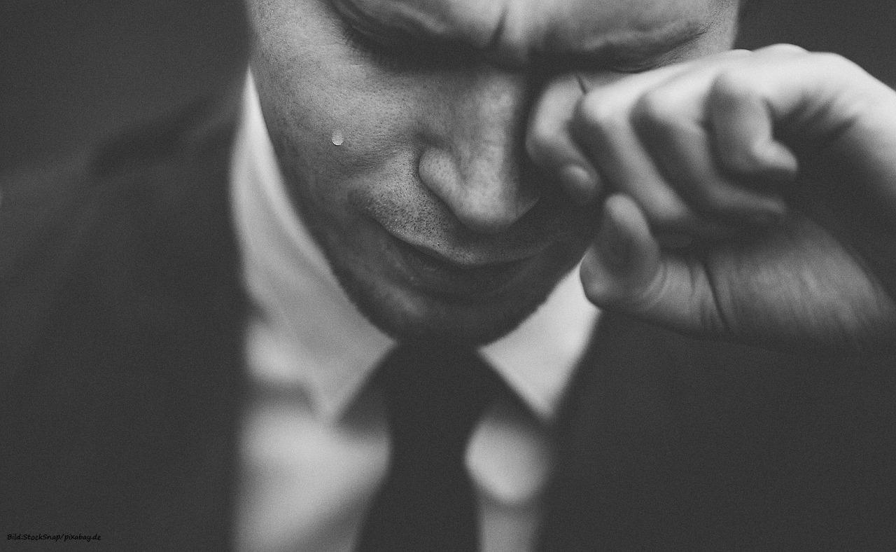 Die Ausgangsthese des Leidens ist den stressigen Gedanken umzukehren.